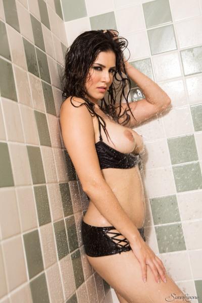 Porn actress Sunny Leone