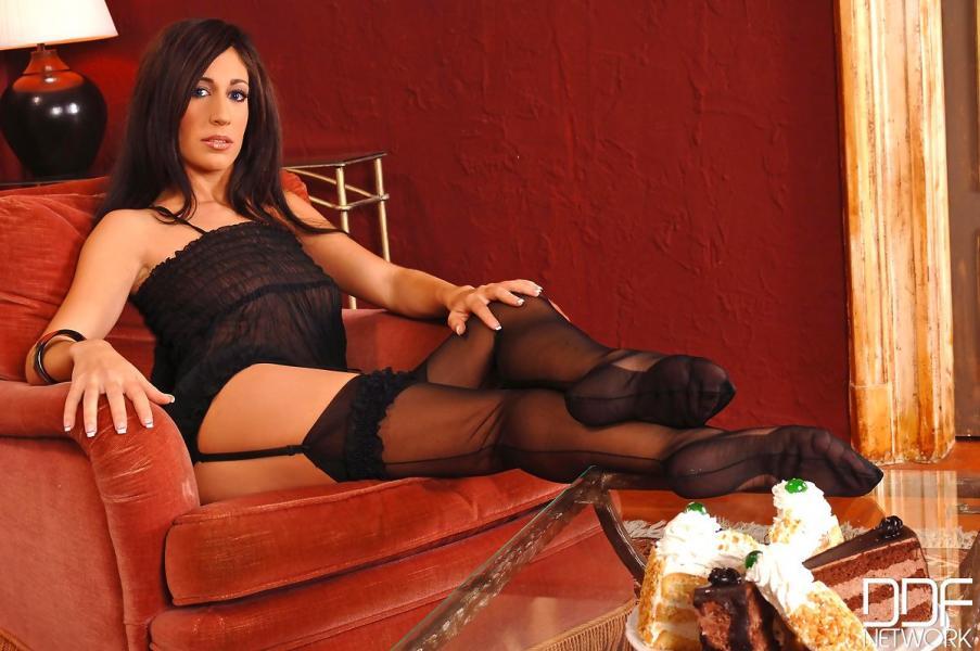 Porn actress Eloa Lombard