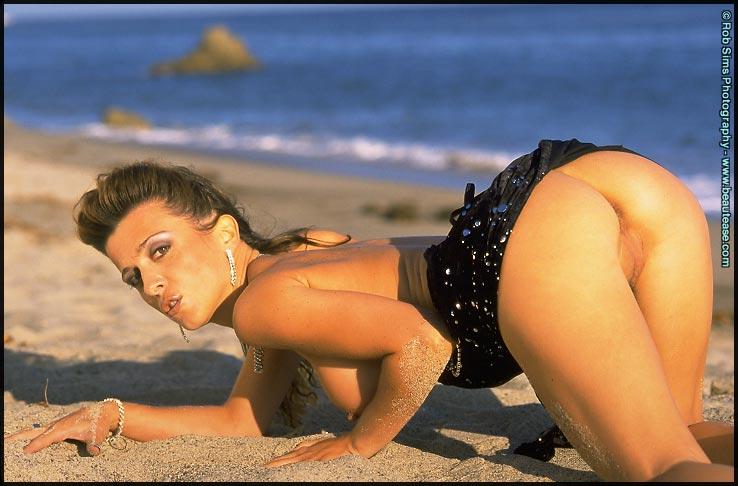 Porn actress Maeva Exel